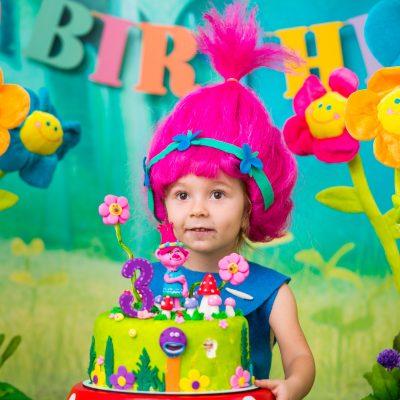 Сказочная полянка (фотозона для фотосессии День Рождения)