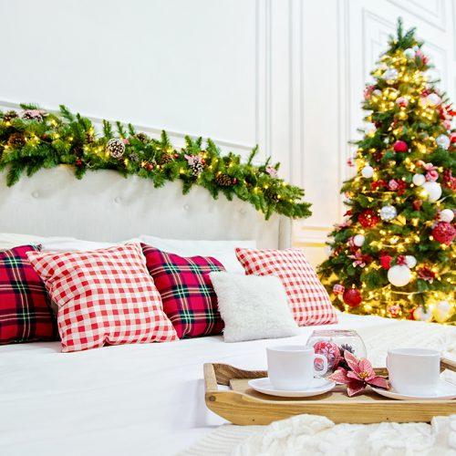 Новогодняя кровать, Светлый зал